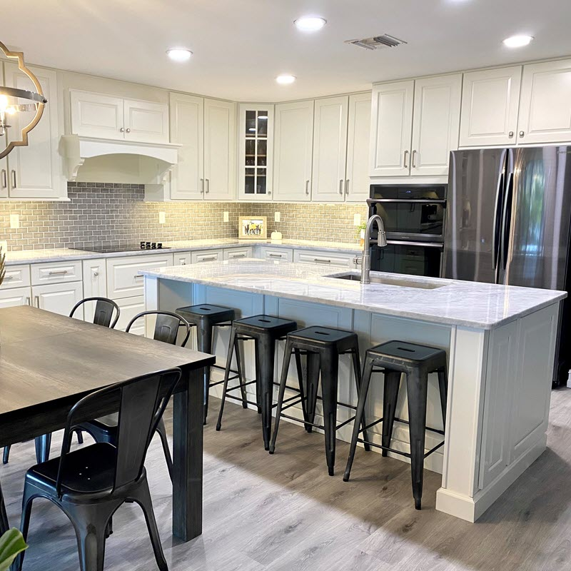 This kitchen features JSI Cabinets with the Yarmouth door style. Installation by Davis Remodeling and Construction, Inc.
