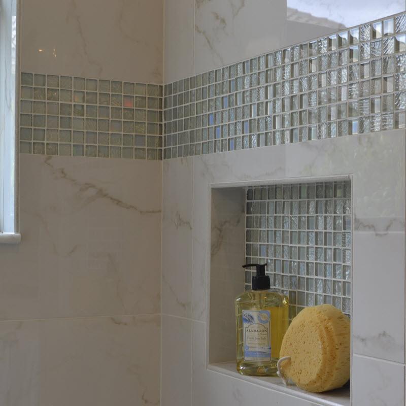 Glass mosaic strip and niche