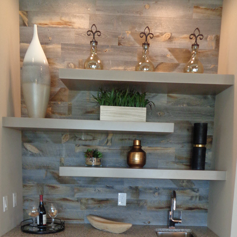 Wood plank tile on the walls