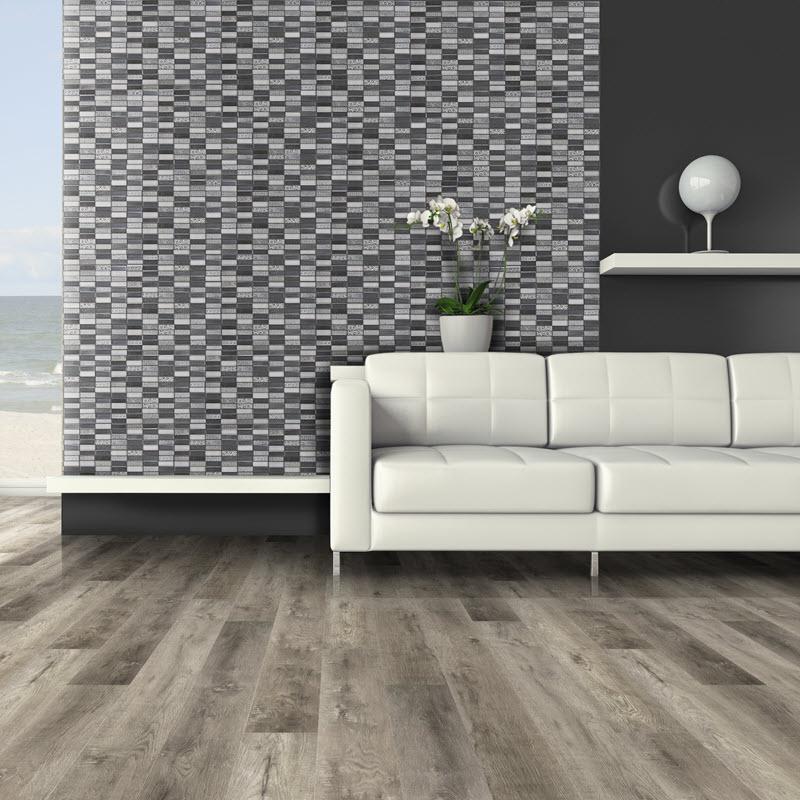 Black and white tile splash
