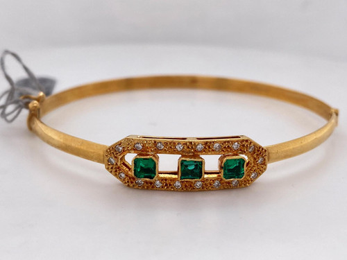 Lady's Glamorous Emerald And Diamond Bangle Bracelet