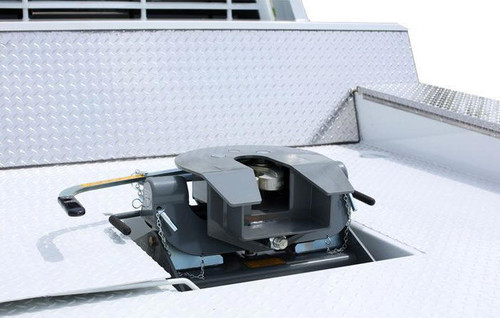 B+W RVK3050 Companion 5th Wheel Hitch for Flat bed