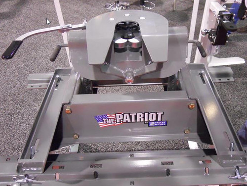 16 K RVK 3200  B+W Patriot 5th Wheel Hitch No Rails, USA MADE!