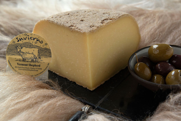 Invierno (Winter Cheese), 1/4 Wheel