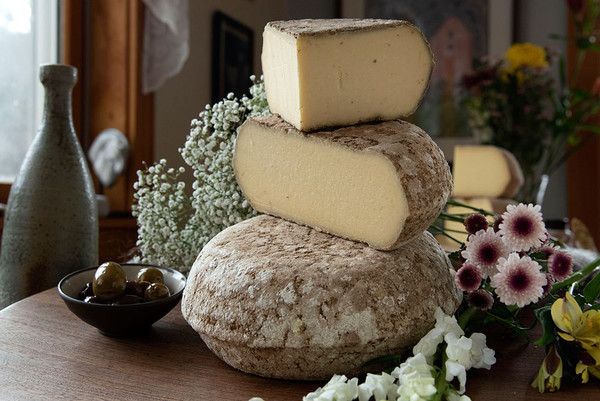 Well Aged Invierno (Wholesale), Whole Wheel