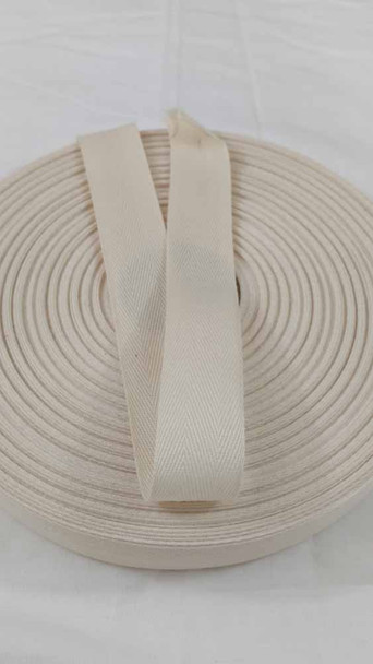 Lightweight 1 inch natural twill tape, 72 yard roll