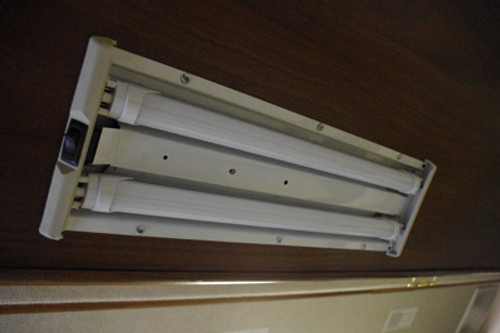 "T8-18TUBE-WW (F15T8) Warm White 18"" T8 LED Tube Light 12v 3200k T8-120-3528-18-WW"
