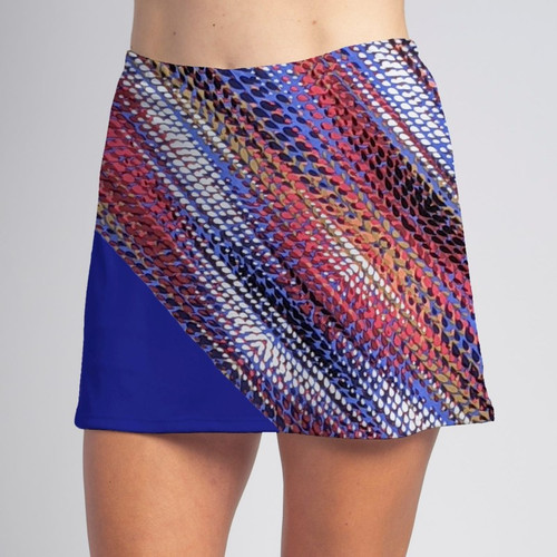 Specialty sports elastic at waist allows breathability while maintaining size and shape.