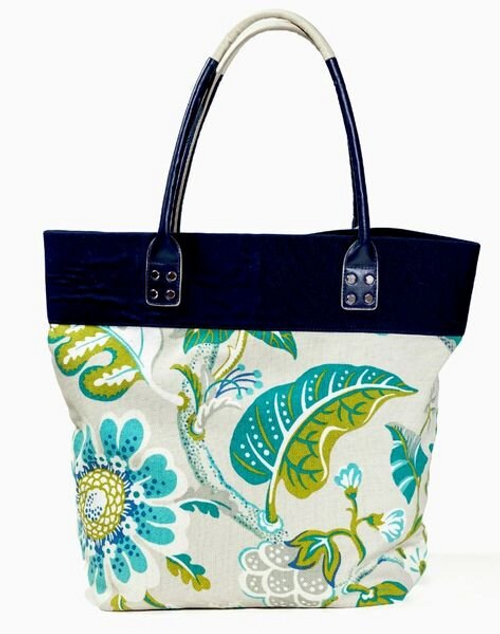 Sassy Caddy Posy Tote Bag