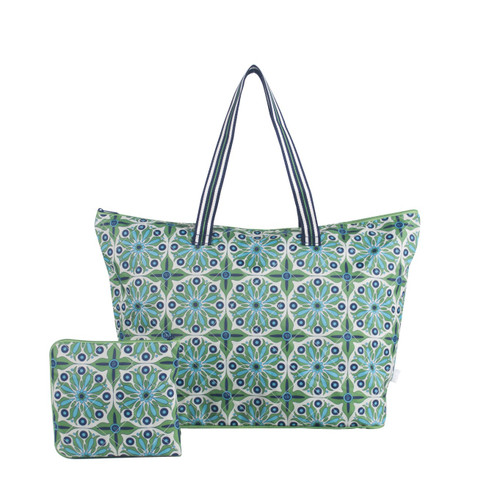 Cinda b Verde Bonita Packable Zip Tote  is a super durable tote bag that allows you to fold up and pack this tote bag flat to fit inside even the fullest of suitcases.