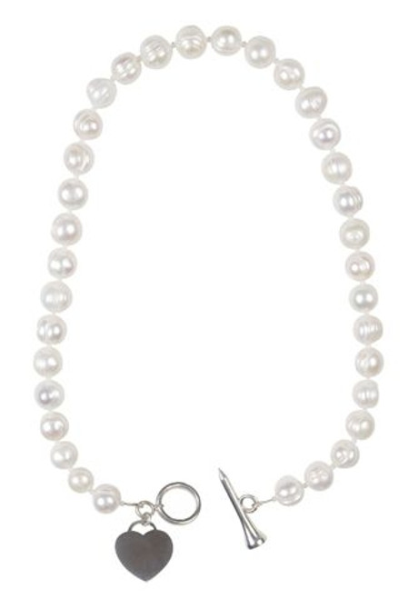 Sporty Chic Pearl Toggle Golf Necklace.