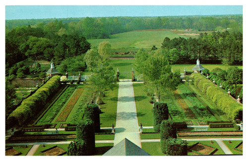The Palace Gardens, Williamsburg VA