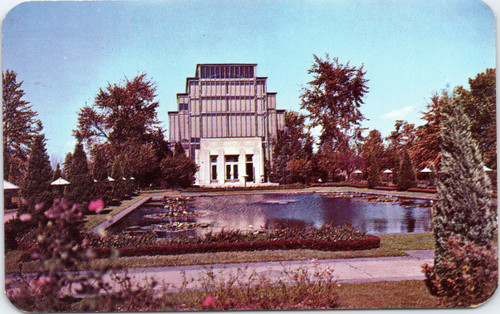 Jewel Box in Forest Park