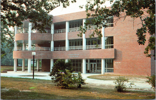 Louisburg College - E. Hoover Taft building