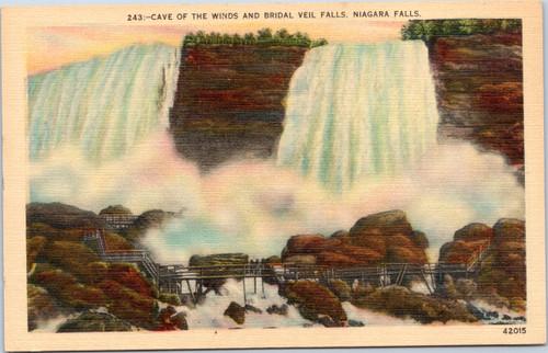 Niagara Falls - Cave of the Winds and Bridal Veil Falls