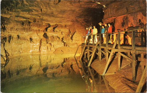 Mammoth Cave - Lake Lethe
