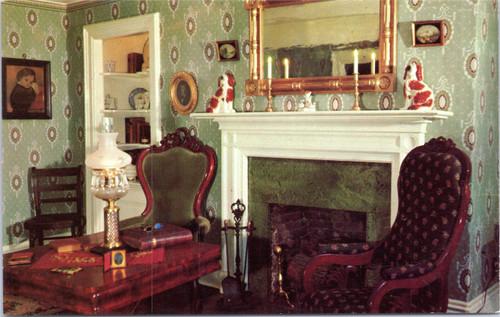 Becky Thatcher house - parlor