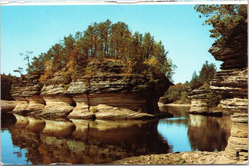 Wisconsin Dells - Lone Rock