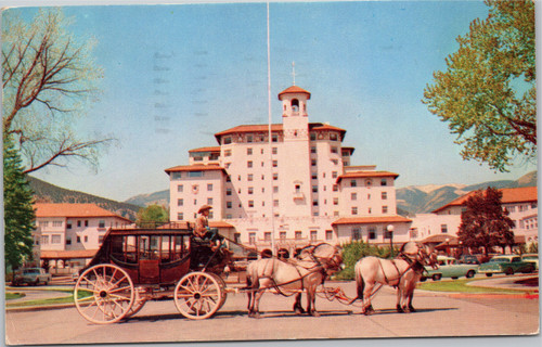 Broadmoor Hotel with carriage