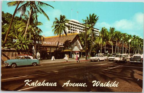 Kalakaua Avenue