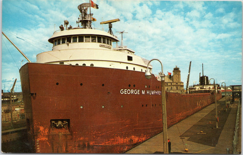 Freighter George M. Humphrey in Soo Locks