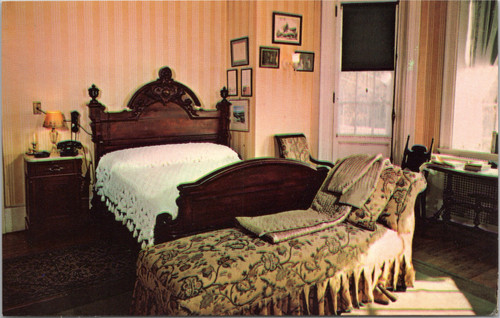 Roosevelt - Bedroom