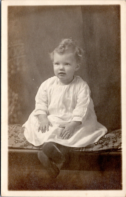 rppc child in gown
