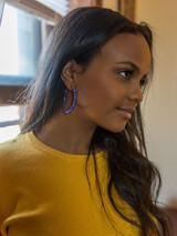 Ceramic hoop earrings with small blue beads | Fair Anita