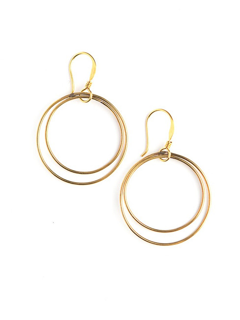 Lightweight circle earrings in brass | Fair Anita