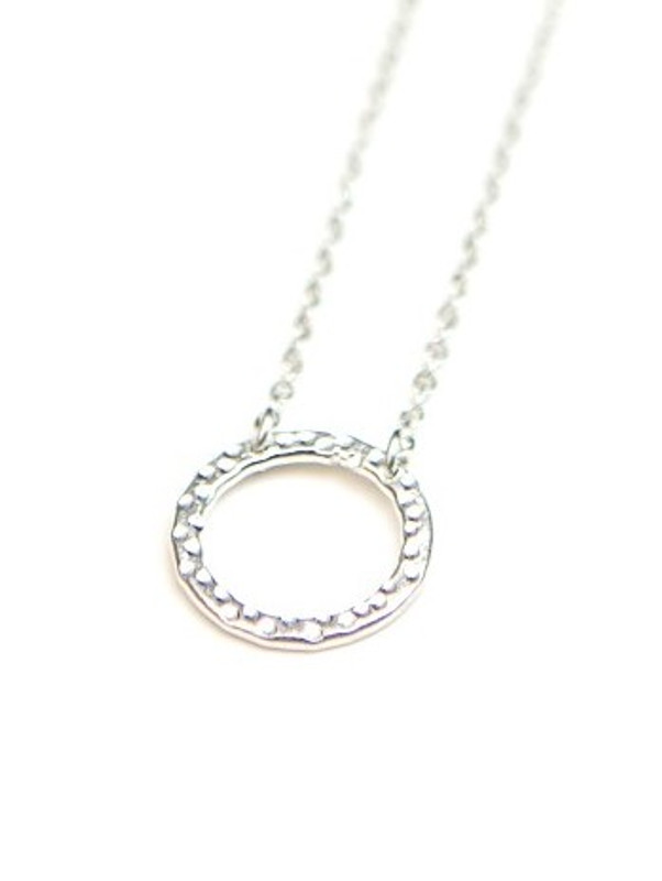 Simple Circle Necklace - Silver