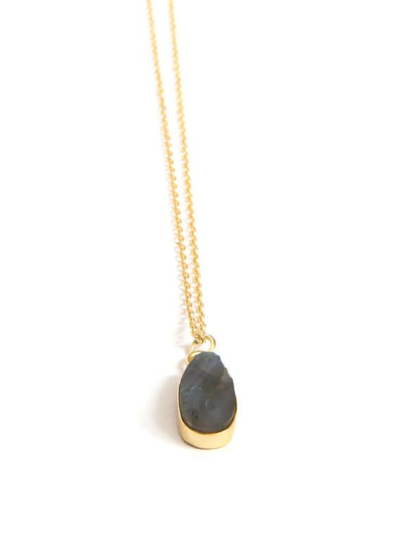 Uncut Stone Labradorite Necklace