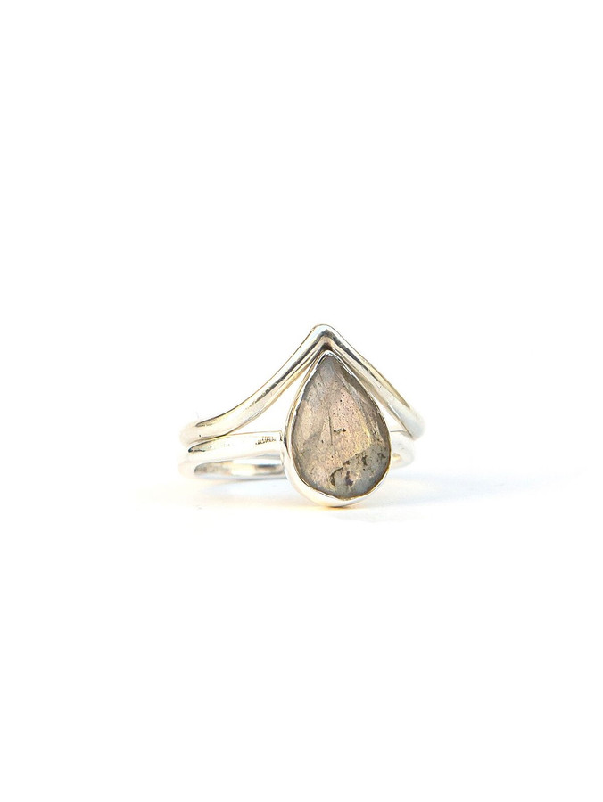 Sterling silver v ring | Fair Anita