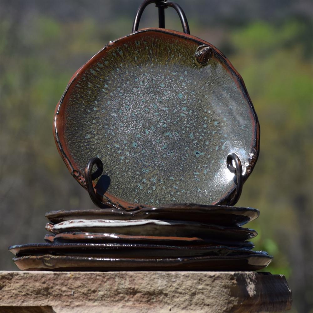 Earthborn Alabama Wild Round Dinner Plate