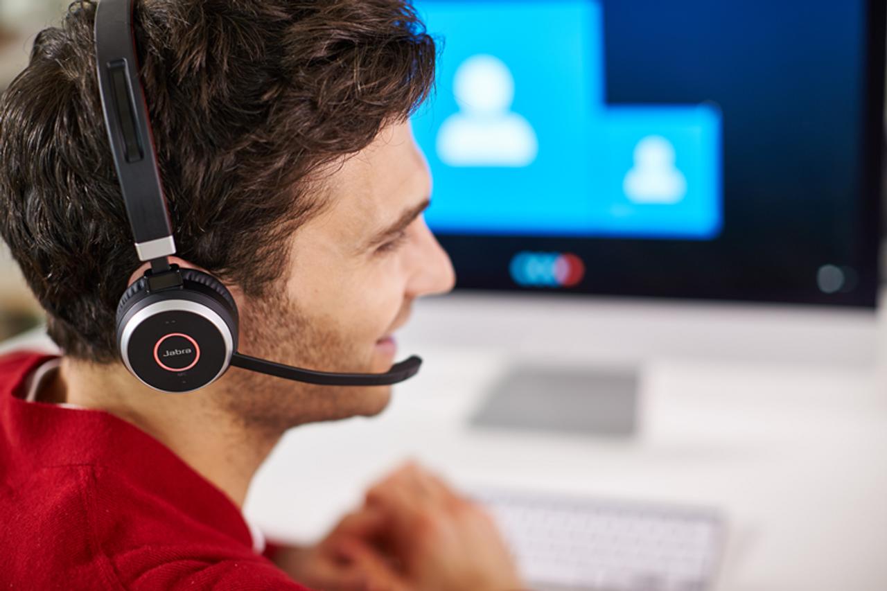 Jabra Evolve 65 Uc Mono Bluetooth Headset Usb Bundle Windows Pc Mac Smartphone Streaming Music Skype Ip Communications 6593 829 409
