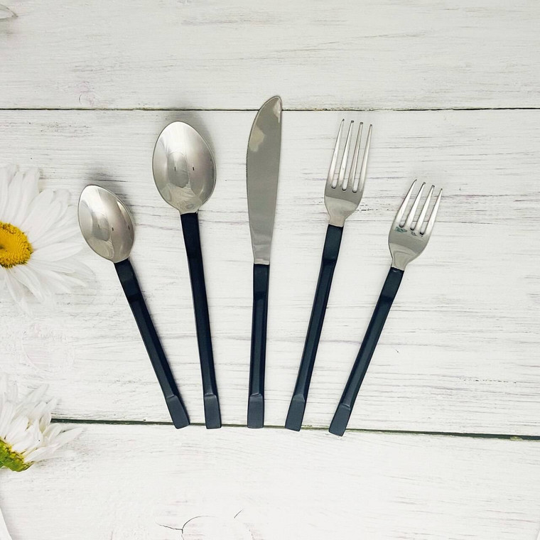 La Scalla Flatware, 5-Pc. Place Setting