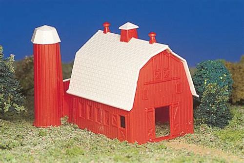 Barn Plasticville Kit HO Scale