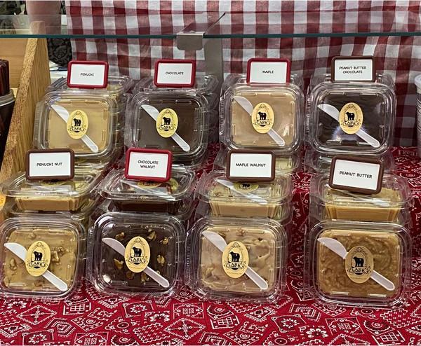 Buy 1 lb. of fudge get 1/2 lb. free!
