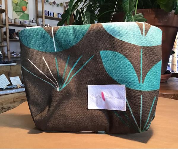 Accessory / Make-up Bag / Zippette - Teal Leaf