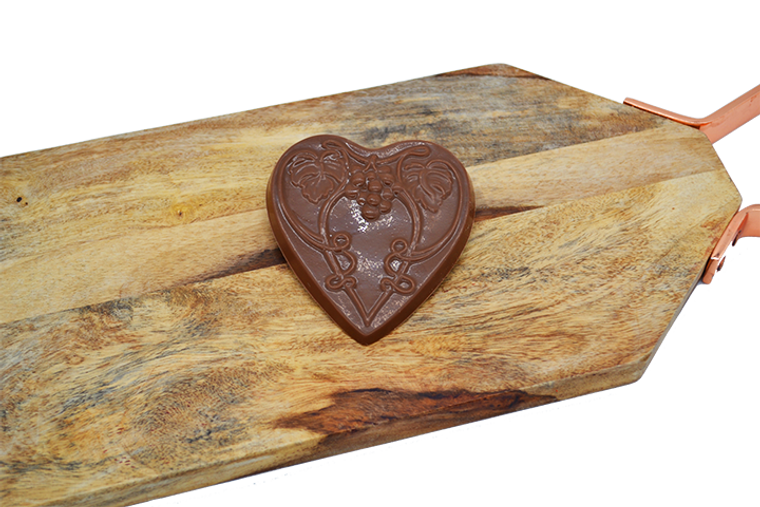 Platter's Chocolate Grapevine Heart