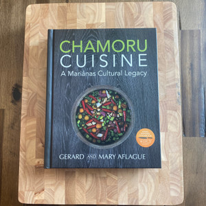 CHAMORU CUISINE Cookbook and Deluxe Chopping Board Gift Set