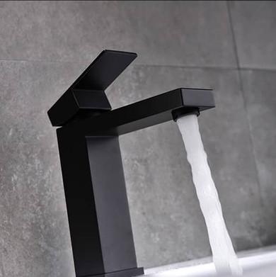 Midnight Bathroom Single Hole Vanity Faucet Matte Black
