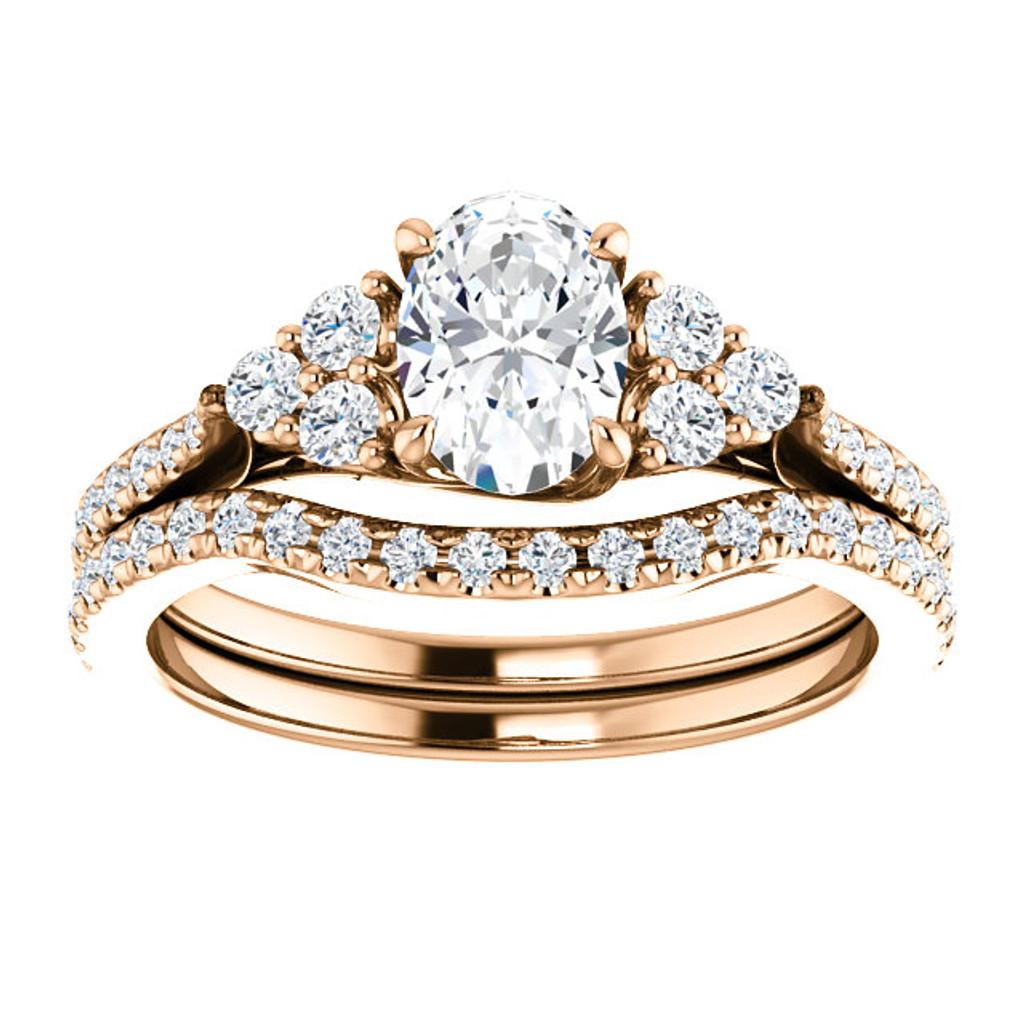 1 Carat Oval Cubic Zirconia Wedding Set in Rose Gold