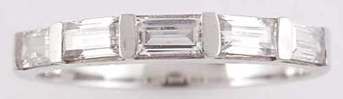 Matching band for #78857 set with 5 cubic zirconia OCD baguettes bar set in 14kt white gold. 1.00 tcw