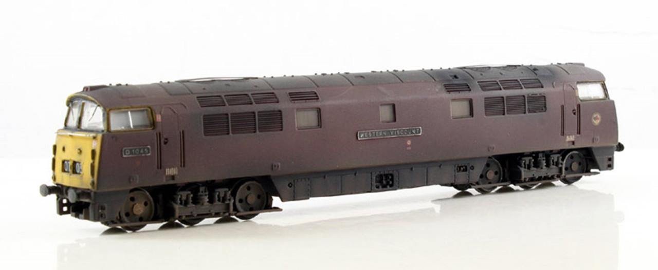 Dapol 2D-003-009 Class 52 BR Maroon #D1045 N Gauge Model Railway Locomotive