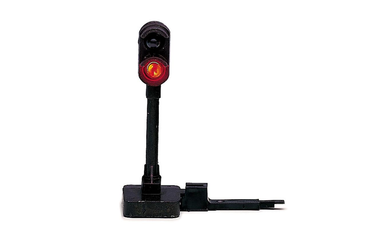 Hornby R406 Colour Light Signal  Model Railway Accessories