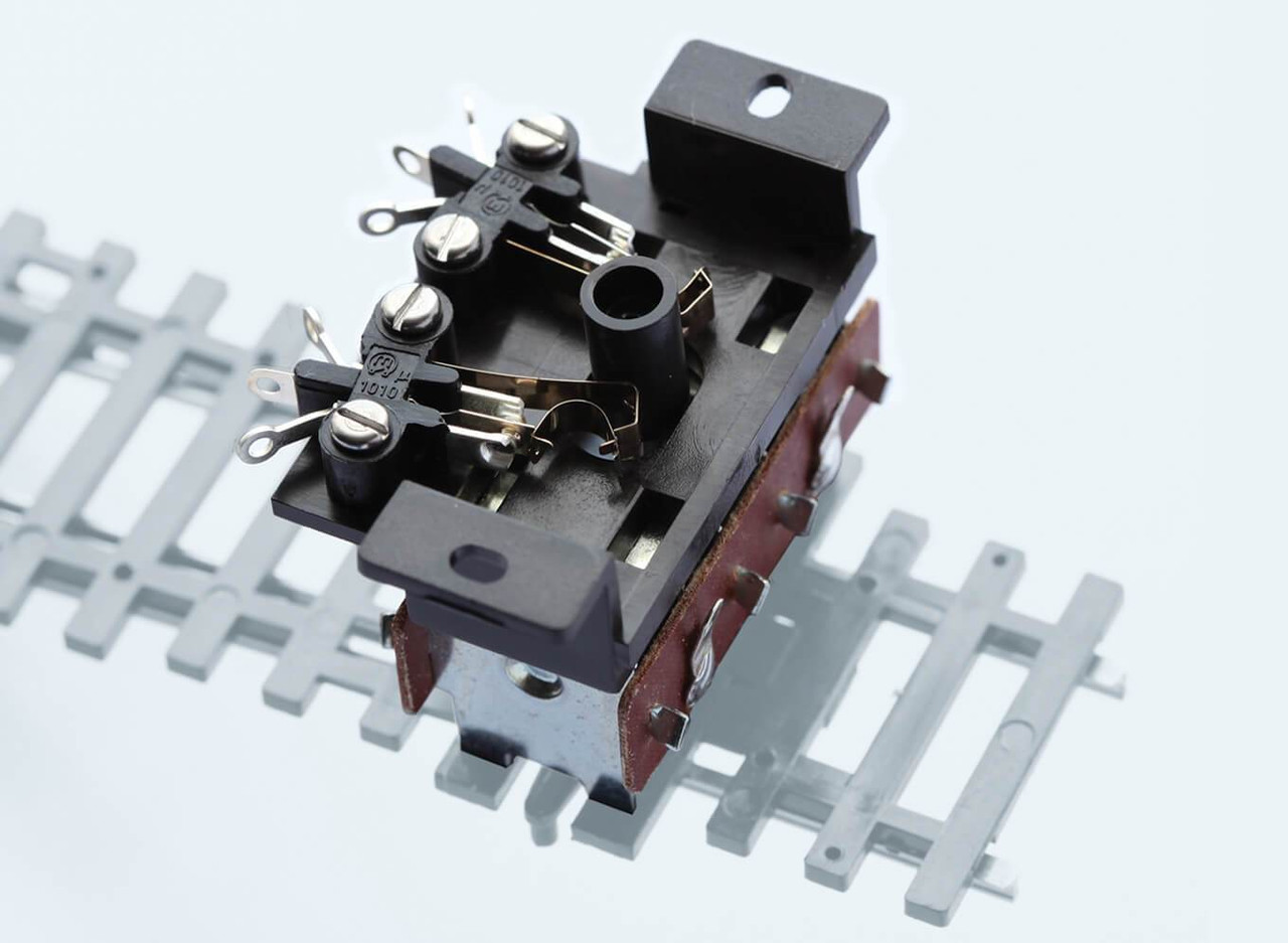 Peco PL-15 Lectrics Twin Micro Switch Kit, for fitting to turnout motor PL-10 Model Railway Electrics