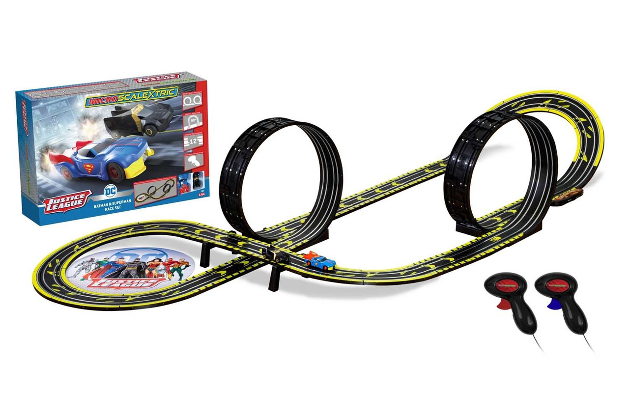 Scalextric G1143M Micro Scalextric Justice League Set 1:64 Scale