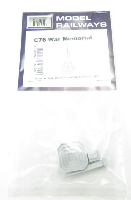 Dapol C076 War Memorial  Model Railway Accessories