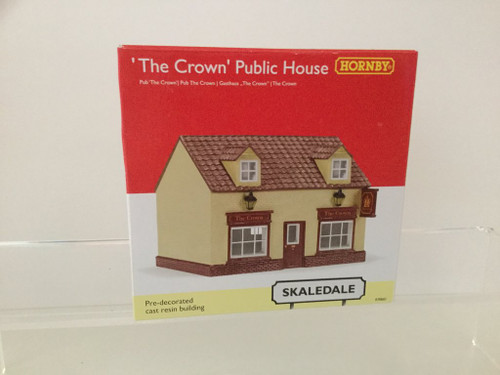 Hornby R9860 The Crown Public House OO Scale