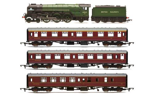 Hornby R3828 OO Gauge 'The Aberdonian' train pack